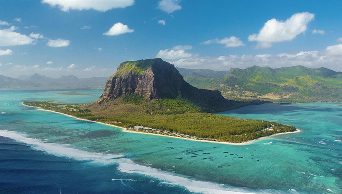 Flights to Mauritius - Book holidays with Edelweiss